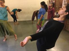 Imagining Improvisation, a ten-day residency led by Anika Bendel and Vikram Iyengar. Calcutta, India. Image: Vikram Iyengar