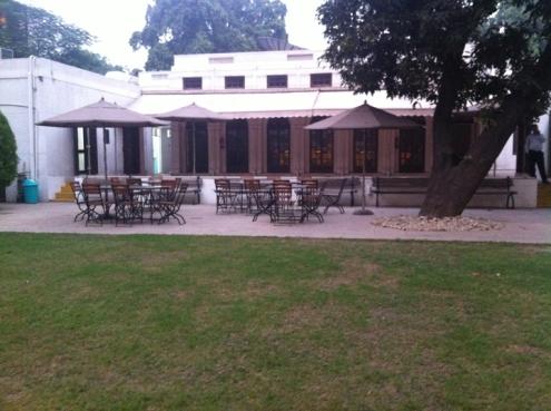 back lawn at Max Mueller Bhavan, Delhi